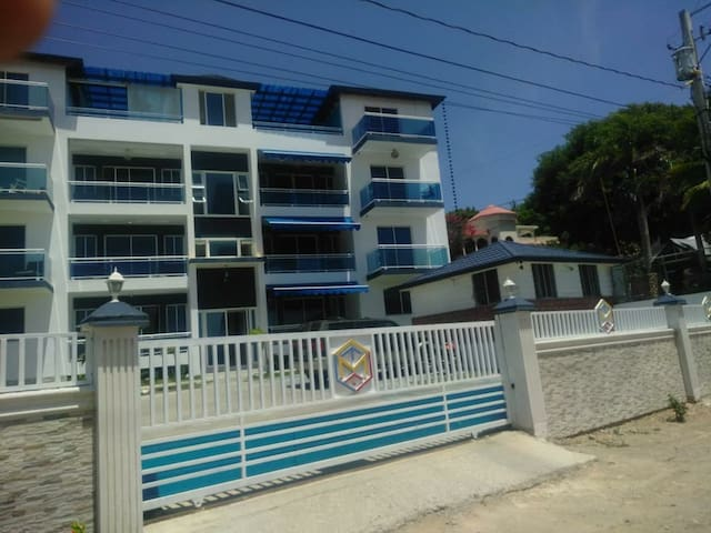 Ocean View luxury Apartments with Pool- Luperon PP