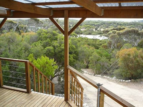 Osprey Heights: River View Home