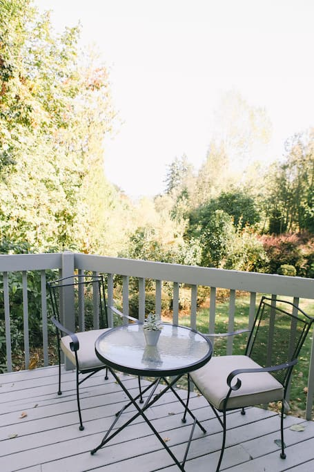 Guests can sit on our deck & see the beautiful Mt. Hood.