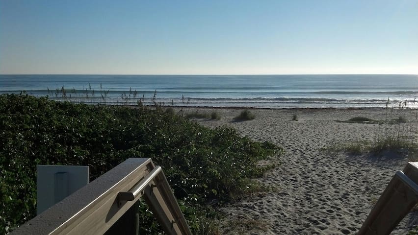 Couples Retreat or Family Getaway Steps to Beach