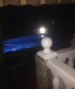 chalet  con piscina  mínimo un año - Rivas-Vaciamadrid