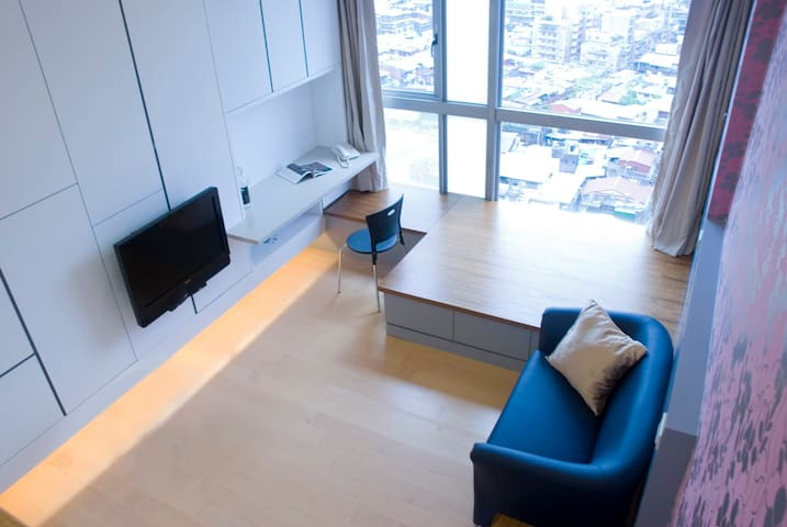 Luxury Studio,24hrs security,near Taipei 101,MRT_3 - 信義區 - บ้าน