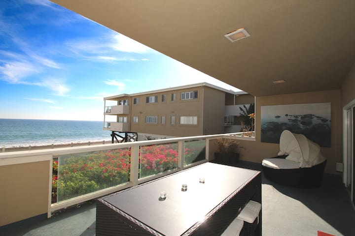 Spectacular Malibu Beach Front