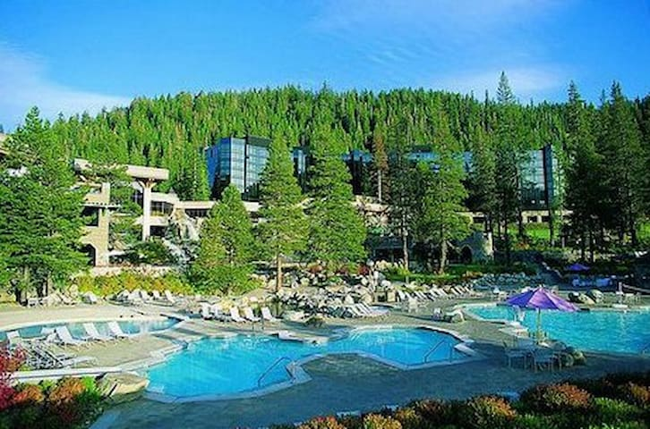 Beautiful Resort at Squaw Creek - Olympic Valley - Daire