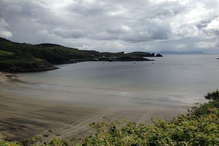 Beach-side hidden house, Donegal