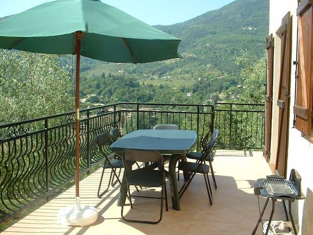 Location vacances jolie 2 pièces Sospel dans villa - Sospel - Wohnung