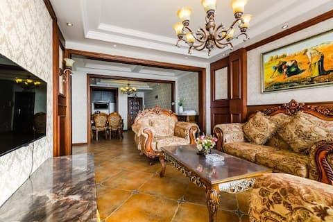 葫芦岛兴城市海滨美式风格两居三床海景公寓