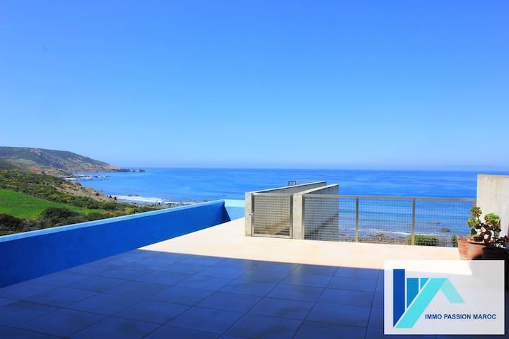 Villa d'architecte pieds dans l'eau - Tangier - Rumah