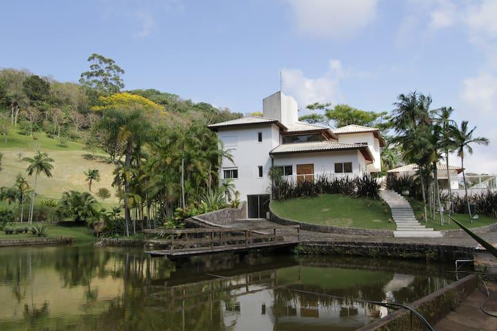 Paraiso no campo e muita diversao - São José - Chalet