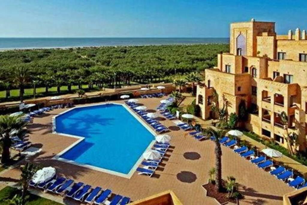 Apartamento primera linea de playa punta del moral apartamentos en alquiler en isla canela - Alquiler apartamentos punta del moral ...