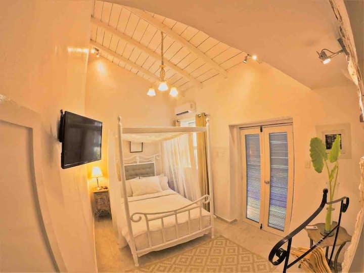 Casa Heredia (Classic Room)