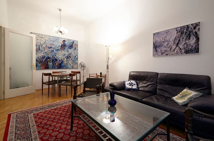 70m2 Quiet Flat in City Center+Wifi