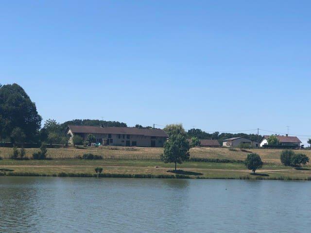 Champagnat : maison avec vue