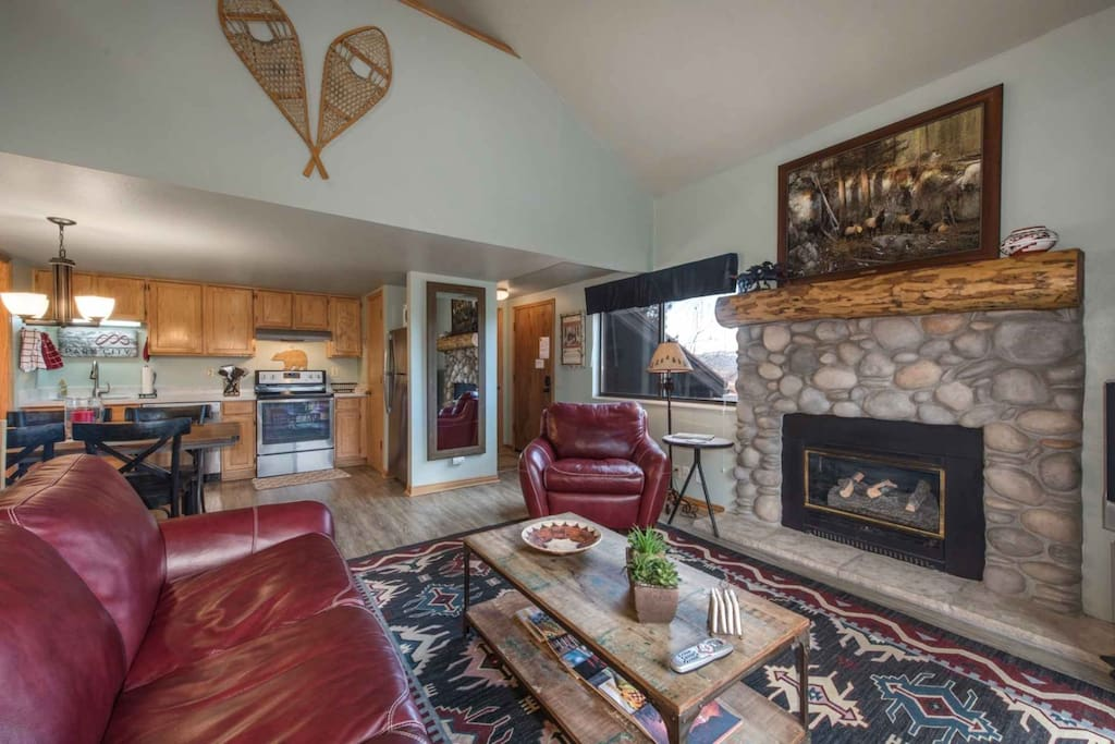 Just off the living room is a sliding glass door, which allows you access to your private covered balcony with views of the new Canyons Golf Course.