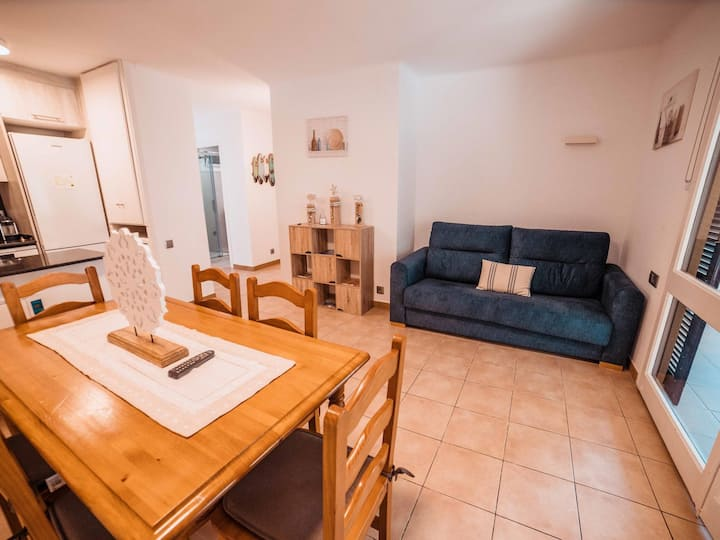 Apartment renewed 2 minutes from the beach!