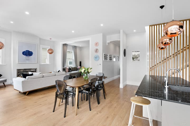 Central Auckland Family Home