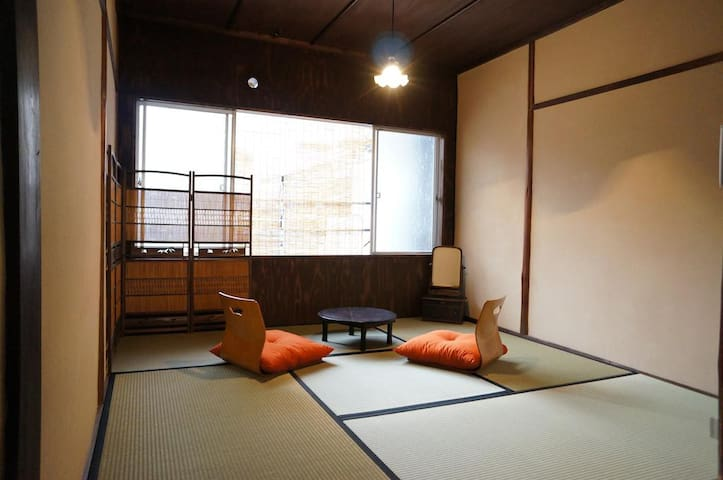Japanese style roomA in 90years old house/GH ITOYA