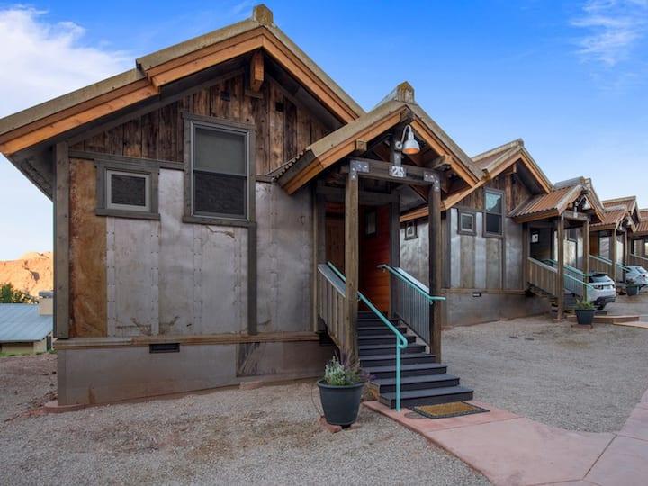 Premium Double Bungalow @ Moab Springs Ranch