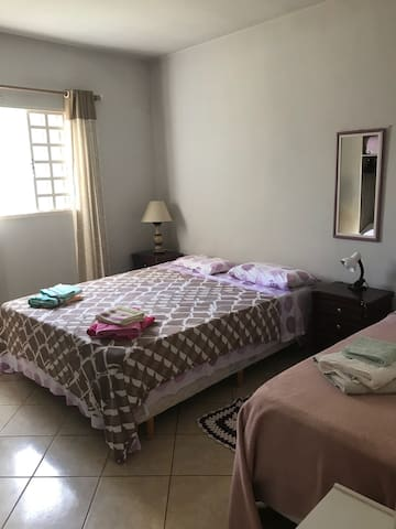 Double bed room plus extra single bed