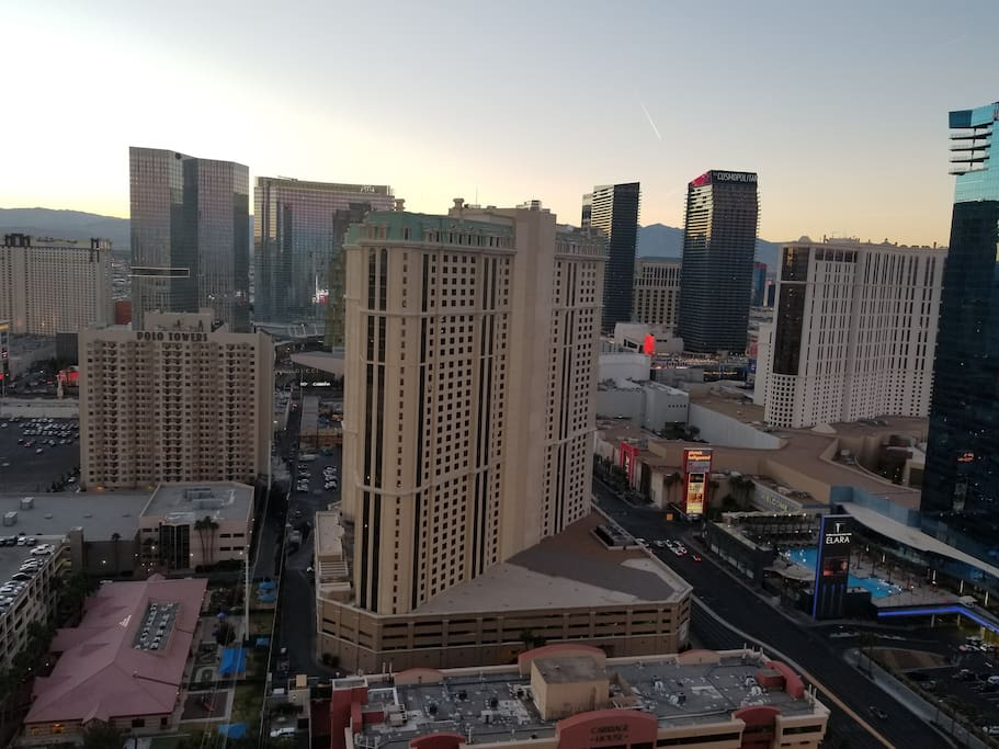 Mgm Signature Penthouse On The Strip Unreal View Serviced Apartments For Rent In Las Vegas