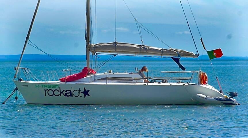 Barco Marina de Troia - Carvalhal - Barco
