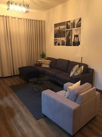 Awosome 1 bedroom apartment!