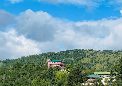 Wifi enabled house in an orchard near Mukteshwar