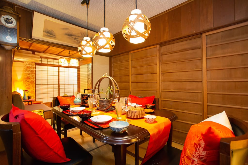 With soft lighting and Japanese-style interior, we have a space to relax.