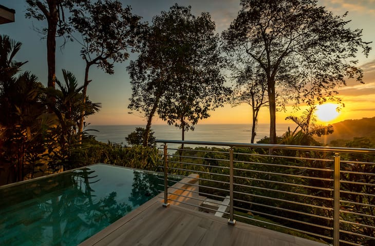 Spectacular Ocean View and Private Pool Villa