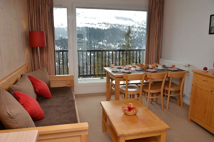 PL04 - Spacious apartment with large terrace