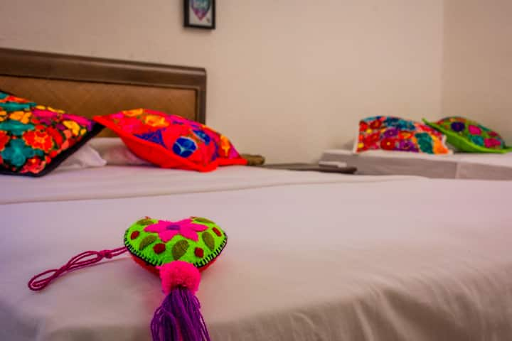 Nice private room in downtown Cancun