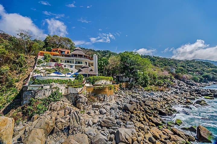 Villa Mia 8 Bedrooms: 107455 - Boca de Tomatlan - Huvila