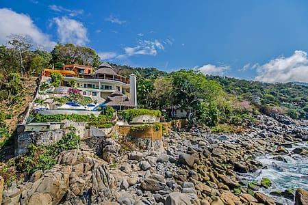 Villa Mia 8 Bedrooms: 107455 - Boca de Tomatlan
