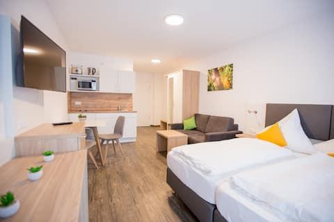 Doppelzimmer mit Balkon *Schoko Apartment*