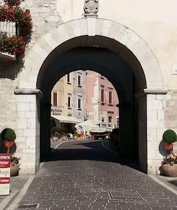 Borgo medioevale - Visso - Apartamento
