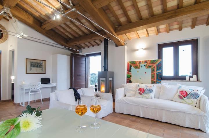 Enchanting farmhouse in Marche 2 - BASILICO