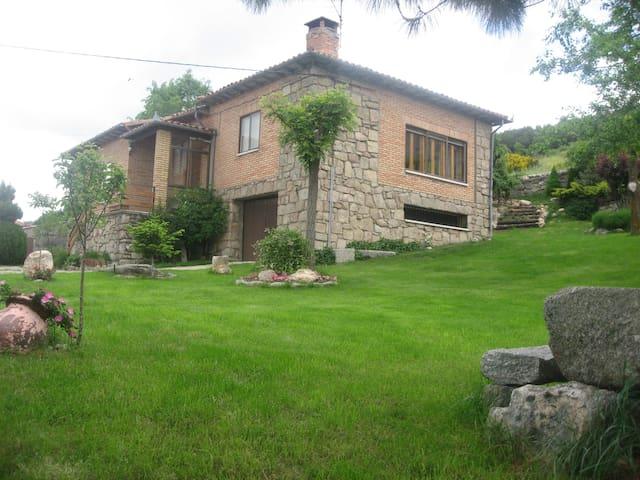 wifi gratuita           Casa rural LA LADERA