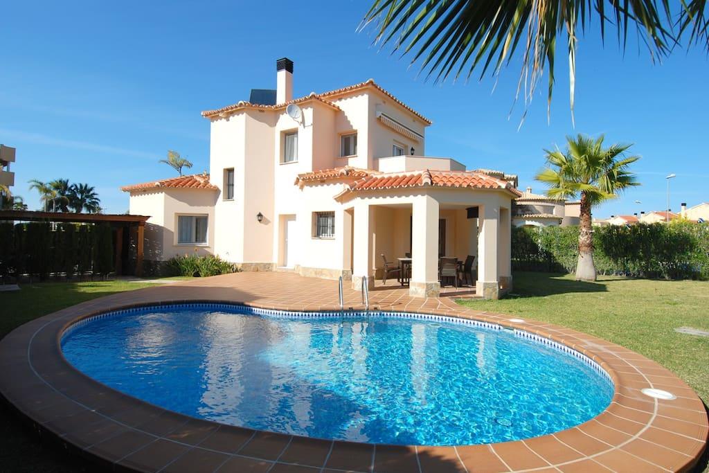 villa 3 dorm con piscina privada villas en alquiler en
