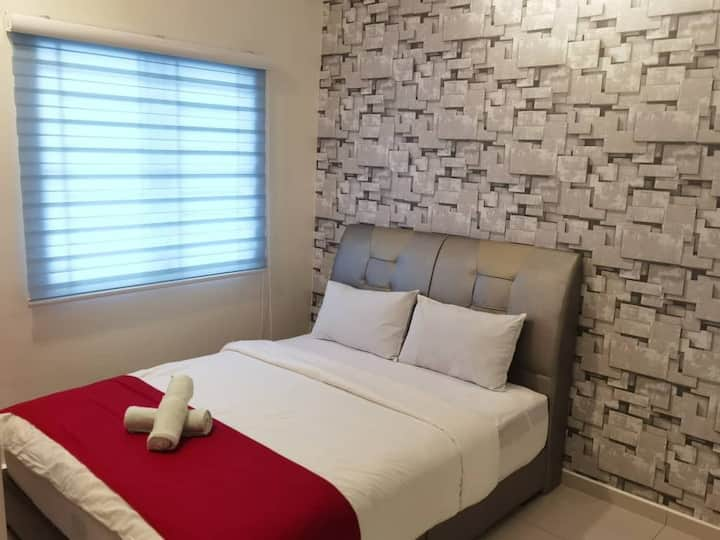 Private Room 2, 3pax 8 mins walk to Jonker Street