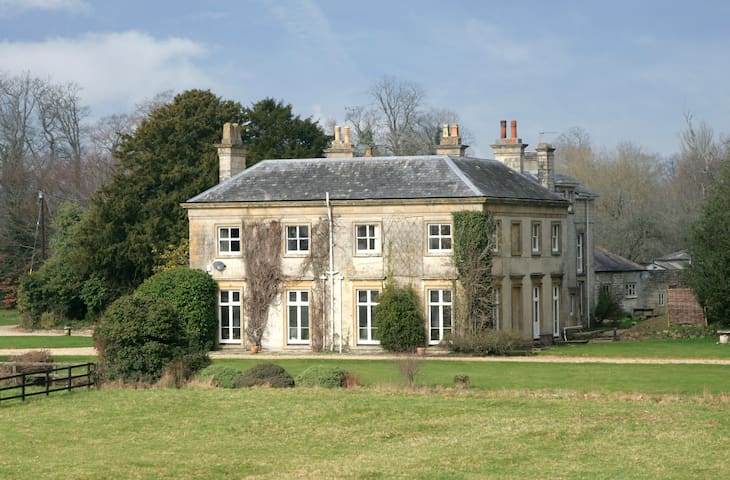 Sparkford Hall