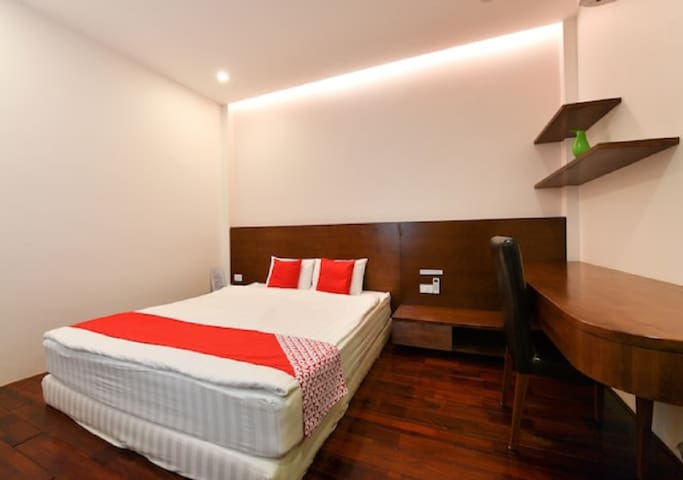 3S - Superior room with private bathroom