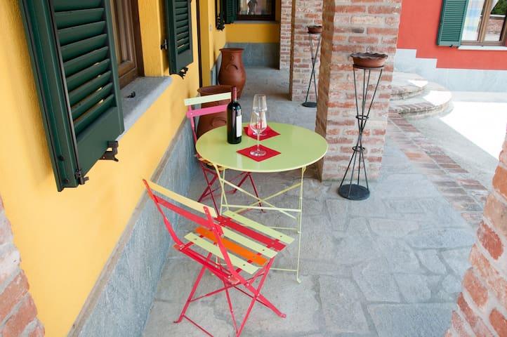 App. Orchidea in Cascina La Romana - Dogliani - Casa