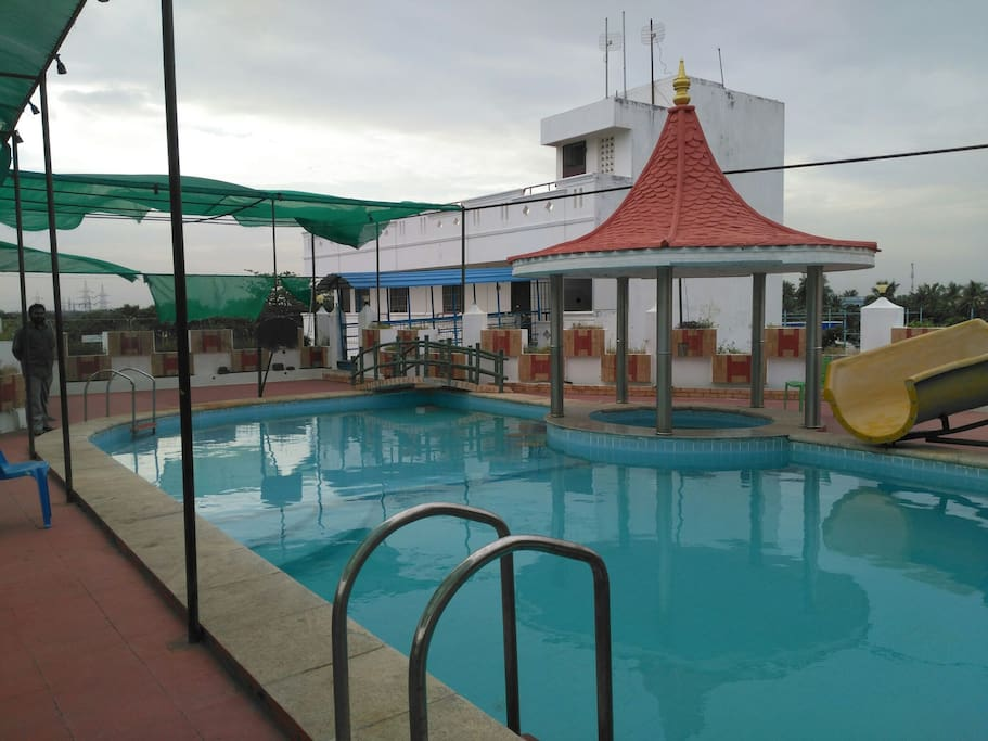 Five Star Resorts Ecr Farmhouse Ac Rooms Dorms Bed And Breakfasts For Rent In Mullodai