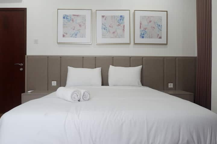 Luxurious 3BR Apartment at Grand Sungkono Lagoon