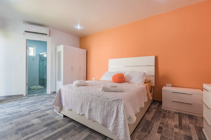 Queen Size Bed in Spacious Room