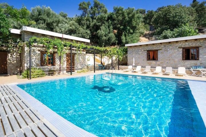Villa Talos, 4 BD, private pool