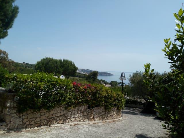 Castro Salento Villa in villaggio esclusivo