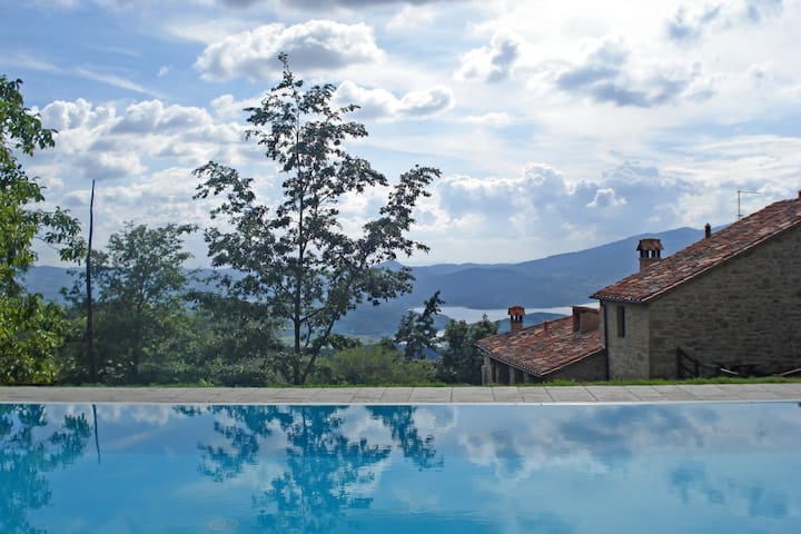 Vallorsaia, Private pool with view! - Sansepolcro - Villa