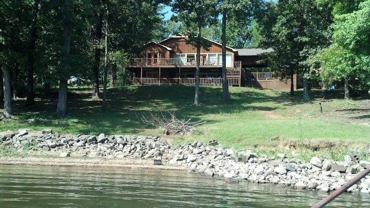 Waterfront Condo on Kentucky Lake