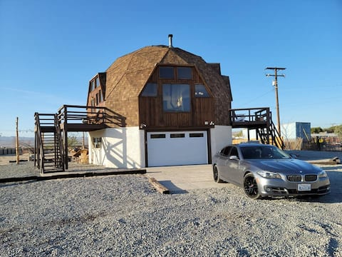 Unique Dome House, close to Calico Ghost Town!